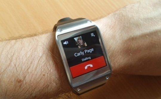 galaxy-gear-samsung-smartwatch-review-calling-540x334