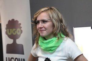 Čtenáři našeho portálu mohli brýle Google Glass vidět a vyzkoušet na vlastní oči