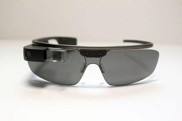 Google Glass se skly