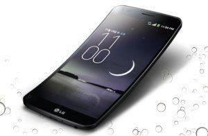 Ohnutý LG G Flex má problém - na displeji se objevují bublinky