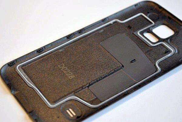 Samsung Galaxy S5 těsnění proti vodě
