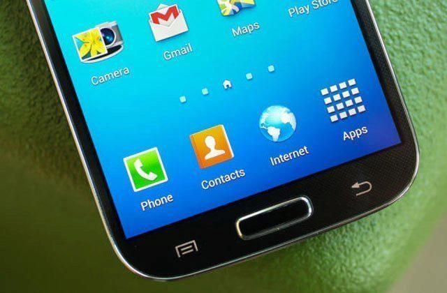 Tlačítko Domů je typickým rysem zařízení Samsung