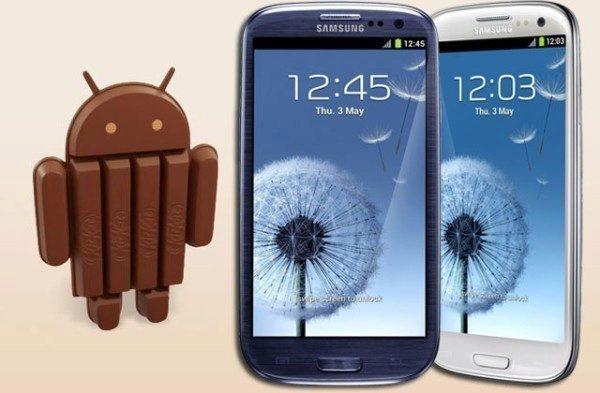 Samsung Galaxy S3 a Galaxy S3 Mini stále čekají na Android 4.4.2 KitKat