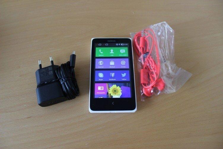 Nokia X recenze - příslušenství