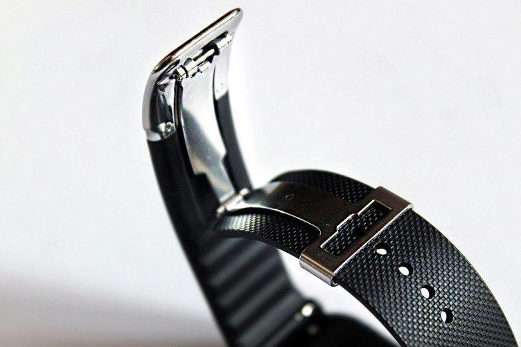 Samsung Gear 2 Neo zapínání