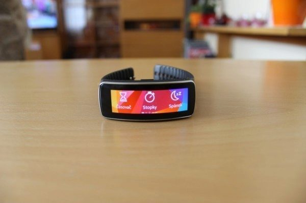 Samsung Gear Fit recenze - funkce