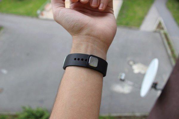Samsung Gear Fit recenze - řemínek