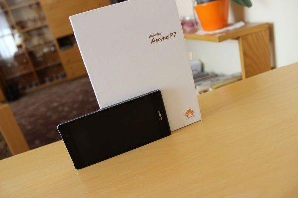 Jak vypadá Huawei Ascend P7 11