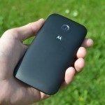 Motorola-Moto-E-zadni-strana (4)