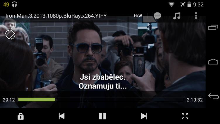 Telefon-Motorola-Moto-E-aplikace-MX-Player