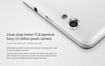 13Mpx fotoaparát