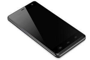 Telefon nabízí 5000mAh baterii