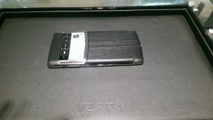 Vertu Signature Touch 1