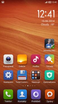 Domácí obrazovka ve stylu iOS