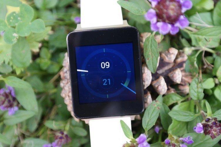 Srovnání LG G Watch