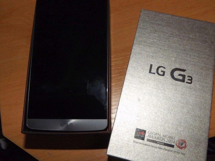 Krabička telefonu LG G3