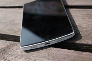 OnePlus One bílý microUSB