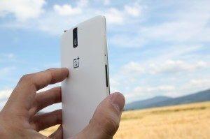 OnePlus One boční strana