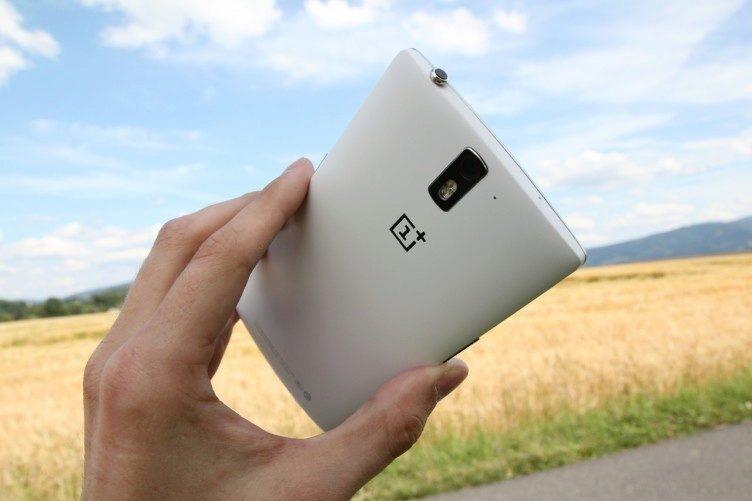 OnePlus One zadni strana bily 16 gb