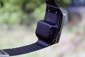Samsung Gear Live nabíjecí kolébka 3