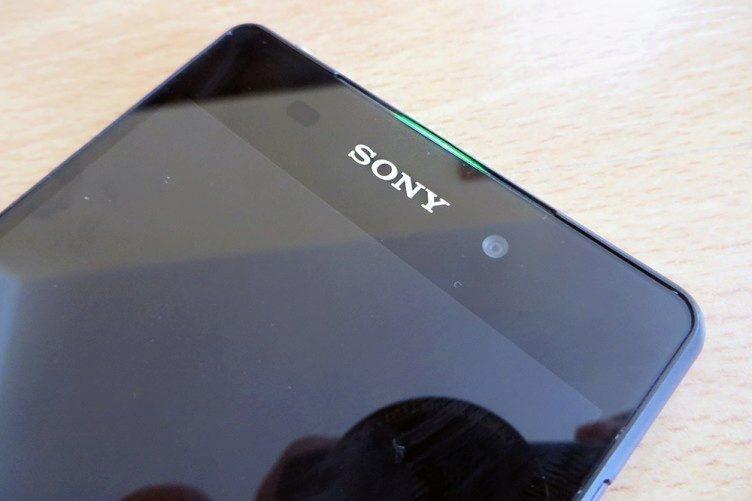 Sony Xperia Z2 notifikační dioda