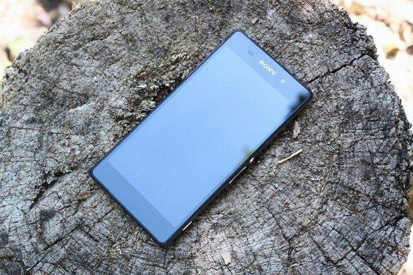 Sony Xperia Z2 přední strana