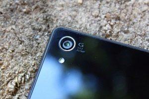Sony Xperia Z2 zadní strana 3