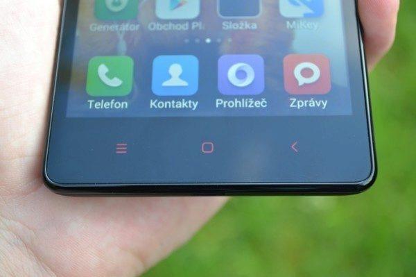 Xiaomi Redmi Note se ovládá pomocí senzorových tlačítek