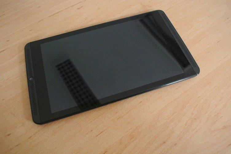 Nvidia Shield Tablet recenze - přední strana