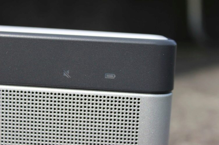 BOSE SoundLink Bluetooth III recenze - kontrolky