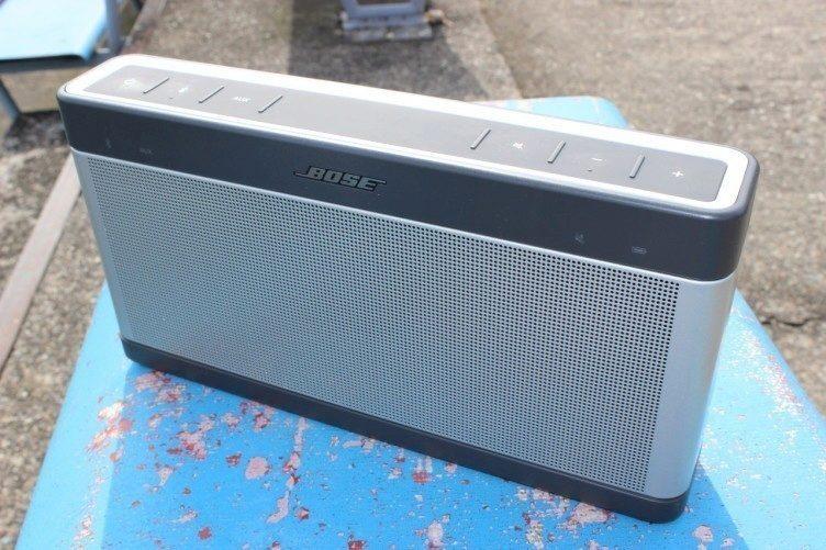BOSE SoundLink Bluetooth III recenze - předek 1