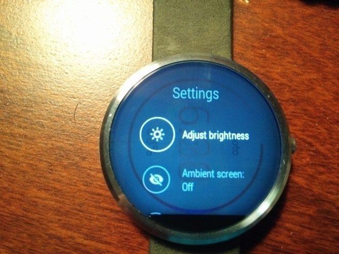 Motorola Moto 360 Image persistence