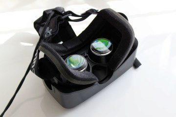 Oculus Rift Development Kit 2 zadní strana