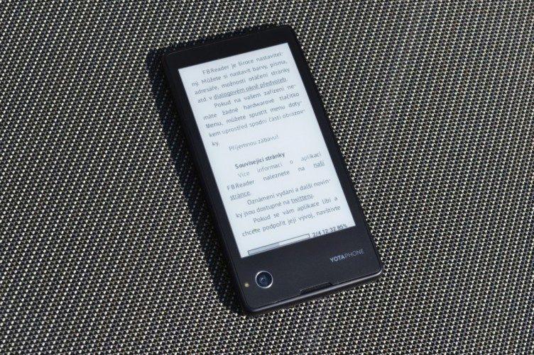 YotaPhone se dá skvěle použít jako čtečka elektronických knih