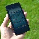 YotaPhone C9660 – přední strana (1)
