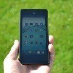 YotaPhone C9660 – přední strana (4)