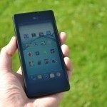YotaPhone C9660 – přední strana