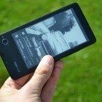 YotaPhone C9660 – zadní strana (1)
