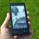YotaPhone C9660 – zadní strana (2)