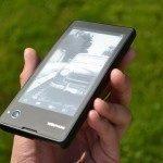 YotaPhone C9660 – zadní strana (4)