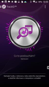 TrackID poslouchá skladbu