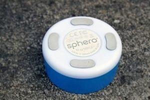 Orbotix Sphero 2.0 nabíjecí kolébka zadní strana