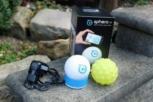 Orbotix Sphero 2.0 obsah balení s obalem