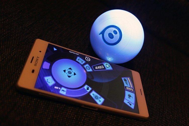 Orbotix Sphero 2.0 propojení s mobilním telefonem