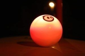 Orbotix Sphero 2.0 v noci 3