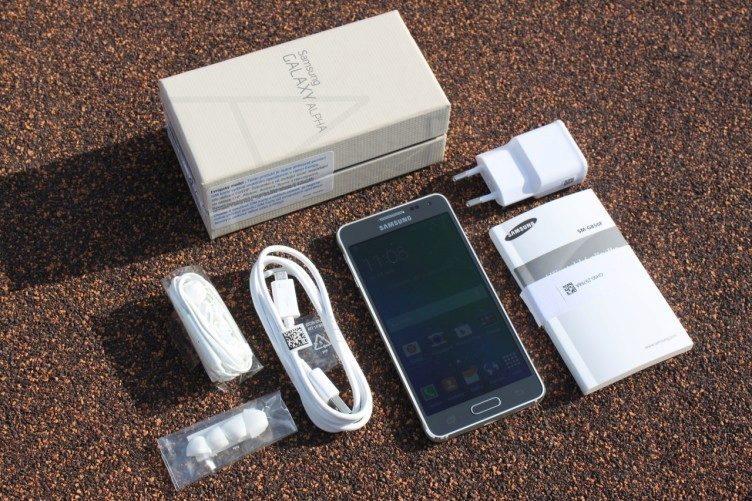 Samsung Galaxy Alpha obsah balení 1