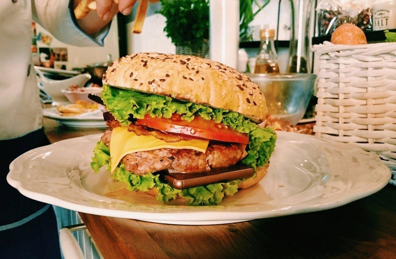 Sony-Burger