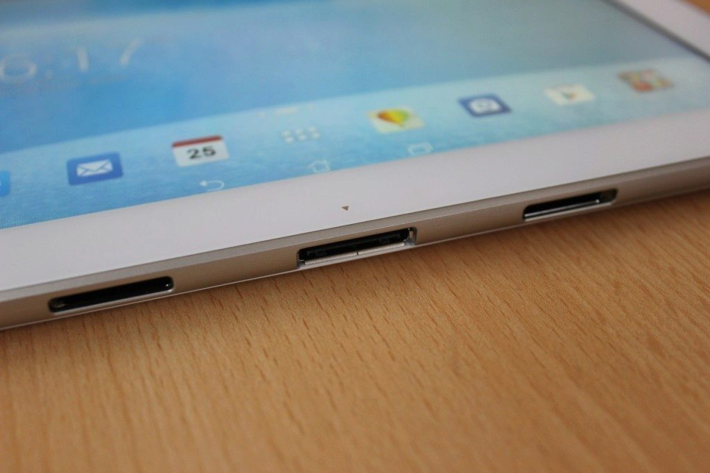 Asus Transformer Pad - displej detail