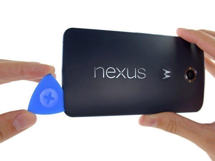 iFixit rozebral Nexus 6 3