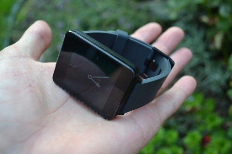 LG G Watch jsou lehké pouze 63 gramů